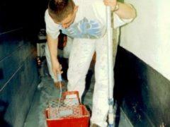 Aanbrengen van vloercoating door De HJL Groep uit Wapserveen
